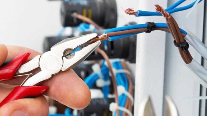Electrician in Hengoed